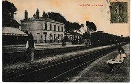 Manche  FOLLIGNY La Gare  (vue Intérieure, Petite Fille Au Premier Plan) - Autres Communes