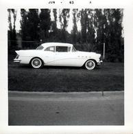 Photo Carrée Originale B.B. USA - Buick Century Brooklin 4-Door Hardtop 1956 à Vendre En Juin 1963 - Automobiles