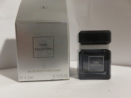 Miniature Pleine Avec Boite Valentino Very - Miniatures Modernes (à Partir De 1961)