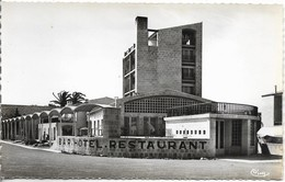LES SABLETTES Hôtel Restaurant Provence Plage - France