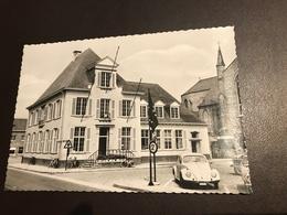 Eernegem ( Ichtegem) - Gemeentehuis -M. Vanhee - Met Volkswagen VW Kever Käfer Beetle Cocinelle - Ichtegem
