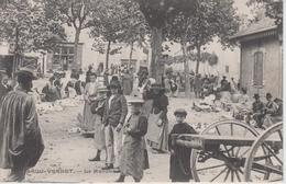 CPA Brou-Vernet - Le Marché (très Belle Scène) - France