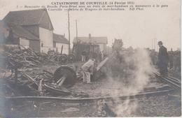 CPA (genre Carte Photo) Courville - Catastrophe Du 14 Février 1911 - Rencontre Du Rapide Paris-Brest - Débris ... - Courville
