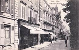 CPA : Vichy (03) Rue Cunin Gridaine  TBE Rare  Pharmacie Du Parc Patrice   Voiture Ancienne ... Ed  VCD 3336 - Vichy