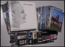 SAMMLUNGEN, LOTS **, 1987-2012, Partie Offical Yearbooks, Je Bis Zu 3x, Insgesamt 44 Hefte, Dazu 21 Geschenkhefte, Sehr  - Danemark