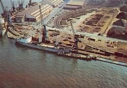 Antwerpen Haven Anvers Port Een Blik Op De Opslagplaats Bomaco Kaai 300 Havenkraan Kraan Containers Boot  Barry 3956 - Antwerpen