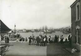 """/ CPSM FRANCE 85 """"Les Sables D'Olonne, Le Port"""" - Sables D'Olonne"""
