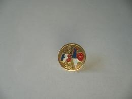 P'INS PINS F F G - Badges