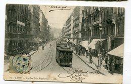 CPA   69 : LYON  Rue De La République Avec Tramway Et Pub Byrrh   VOIR  DESCRIPTIF  §§§ - Lyon