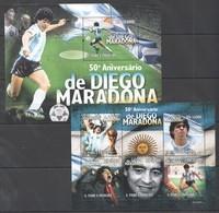BC824 2010 S.TOME E PRINCIPE SPORT FOOTBALL LEGEND DIEGO MARADONNA 1KB+1BL MNH - Fussball