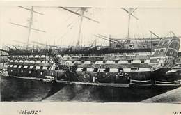 """BATEAU DE GUERRE - """"Colosse"""", Vaisseau, Photo Marius Format Carte Ancienne. - Krieg"""