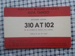 POSTAL POST CARD QSL RADIOAFICIONADOS RADIO AMATEUR GRUPPO ALFA TANGO ITALIA LATVIA FLAG BANDERA LETONIA LETTLAND VER F - Tarjetas QSL