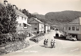 CPA - Norway - Norvege - Norge,  ULVIK, Gateparti,  Carte Photo - Norvège