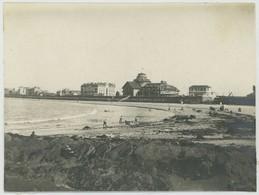 Tirage Argentique Circa 1910. Saint-Malo. La Plage Et Le Casino. Ile-et-Vilaine. Bretagne. - Lugares