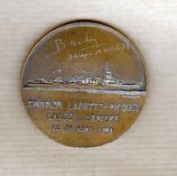 Militaria, Medaille: Croiseur Lamotte Piquet,graveur Cochet, Gravure Manuelle: Bachy,  Saigon 14 Avril 38 - France