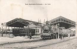 Gare Avec Train Les Aubrais Orleans Locomotive à Vapeur Cheminot Cheminots Cachet Militaire Bleu Gare Des Aubrais 1917 - Gares - Avec Trains