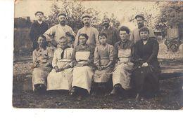 70 GRAY LE 6 JUIN 1917 CARTE PHOTO LES FEMMES DE LA CANTINE - Gray