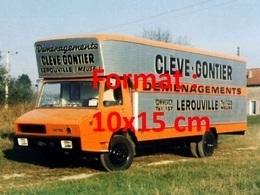 Reproduction D'une Photographie Ancienne D'un Camion Berliet Stradair Déménagement Lérouville - Repro's