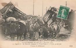 Train Catastrophe De Melun 4 Novembre 1913 Rapide Marseillais Tamponne Train Poste Travaux De Deblaiement - Trains