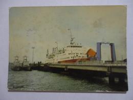 CPM CPSM CP MANCHE 50 CHERBOURG - LE CAR FERRY VIKING III A SON APPONTEMENT / BATEAU - ED LA CIGOGNE - Cherbourg