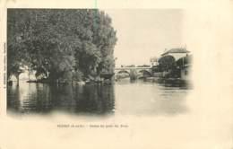 78 - POISSY  - Petite Ile Près Du Pont - Poissy