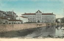 42 -  RIVE DE GIER -  HOTEL DE VILLE - VUE DE DERRIERE ET LE GIER - Rive De Gier