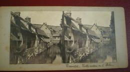 VUE STÉRÉOSCOPIQUE    -  Darnetal; Vieilles Maisons Sur Le Robec. - Stereoscoop