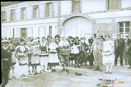 VILLENEUVE AU CHEMIN  CAVALCADE PHOTO CARTE  LA FETE DE VILLAGE PHOTO CARTE - Autres Communes