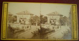 VUE STÉRÉOSCOPIQUE    -  Vichy, Chalet Imperial. - Stereoscopic