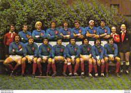 RUGBY  ÉQUIPE DE FRANCE 1975  PUBLICITÉ POUR PASTIS DUVAL - Rugby