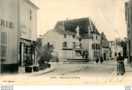 D54  TOUL  Place Croix- En- Bourg  ..... - Toul