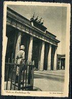 """CPSM S/w WEHRMACHT Propaganda Ak German Empires Berlin  """"Reichshauptstadt Berlin-Wache Am Brandenburger Tor""""1 AK Blanco - Lettres & Documents"""