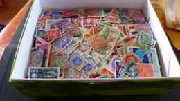 Vrac De Plusieurs Centaines De Timbres De Différents Pays - Lots & Kiloware (mixtures) - Max. 999 Stamps