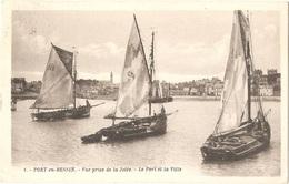 Dépt 14 - PORT-EN-BESSIN - Vue Prise De La Jetée - Le Port Et La Ville - (G. Artaud, éditeur, N° 1) - Port-en-Bessin-Huppain