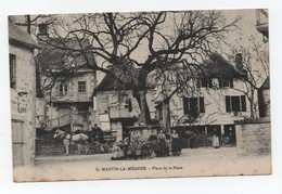 Saint-Martin-La-Méanne (Corrèze-19) - Place De La Poste - Attelage - Très Animée - Non Voyagée - Très Bon état. - Autres Communes