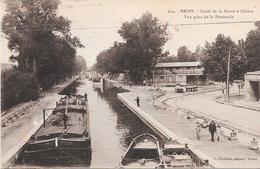 51 REIMS - Péniches - Canal De La Marne à L'Aisne, Vue Prise De La Passerelle - Reims