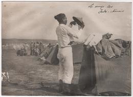 Photo Originale Guerre D'Orient GREECE GRECE SALONIQUE Zeitenlik Camp Indo Chinois Annamite à La Toilette - War, Military