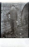 (132)  CPA Photo Soldat Du 9 Eme - Uniformen