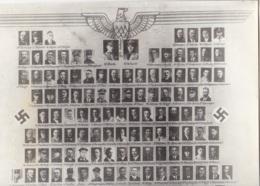 Ehrentafel Der Alten Parteigenossen Der NSDAP Ortsgruppe WOLFENBÜTTEL Innenstadt Foto Ca. 24x30cm - Militaria