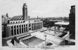 VILLEURBANNE -  193  1/5 - Les Gratte-ciel- Place De La Libération. 1948. - Villeurbanne