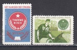 Vietnam 1976 - Portofreiheitsmarken Mi-Nr. 26/27, MNH** - Vietnam