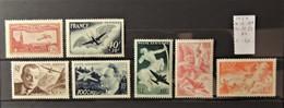 12 - 19 //  France - Poste Aérienne - PA N° 5* + 16 - 17 - 19 * +  21 - 22 - 23 **  Cote : 40 Euros - 1927-1959 Mint/hinged