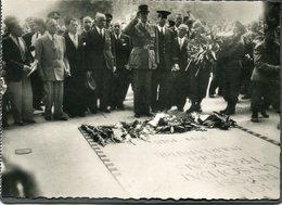 CPSM - Libération De Paris - Le Général De Gaulle Devant La Tombe Du Soldat Inconnu, Très Animé - Weltkrieg 1939-45