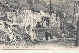 ENVIRONS DE LONS-LE-SAUNIER . FRONTENAY . LA GROTTE . CARTE AFFR AU VERSO . 2 SCANES - Lons Le Saunier