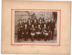 Photographie Georges Tournier Orgelet Jura Conscrits Bannière Clairons Photo 16,5cm X 12,4cm - Photographs