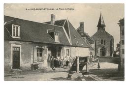 VICQ-EXEMPLET (Indre). Place De L'Église. Sympathique Animation. Vers 1910 - France