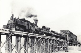 Two Saddle Tank Locomotives 1910  Revelstoke  British Columbia Canada - Treinen