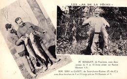 LES AS DE LA PÊCHE : M. BOSQUET De FOURMIES Avec DEUX CARPES De 9 Et 10 LIVRES... - LE FIL DIAMANT ~ 1930 (ad536) - Fourmies