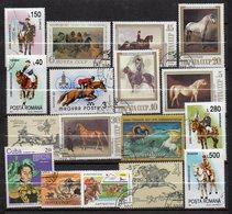 Thème  Animaux --- Chevaux --- Lot De  49  Timbres   ...............à Saisir - Horses