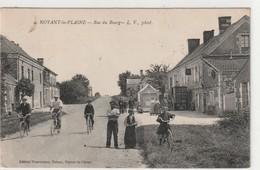 Noyant La Plaine - Rue Du Bourg - France